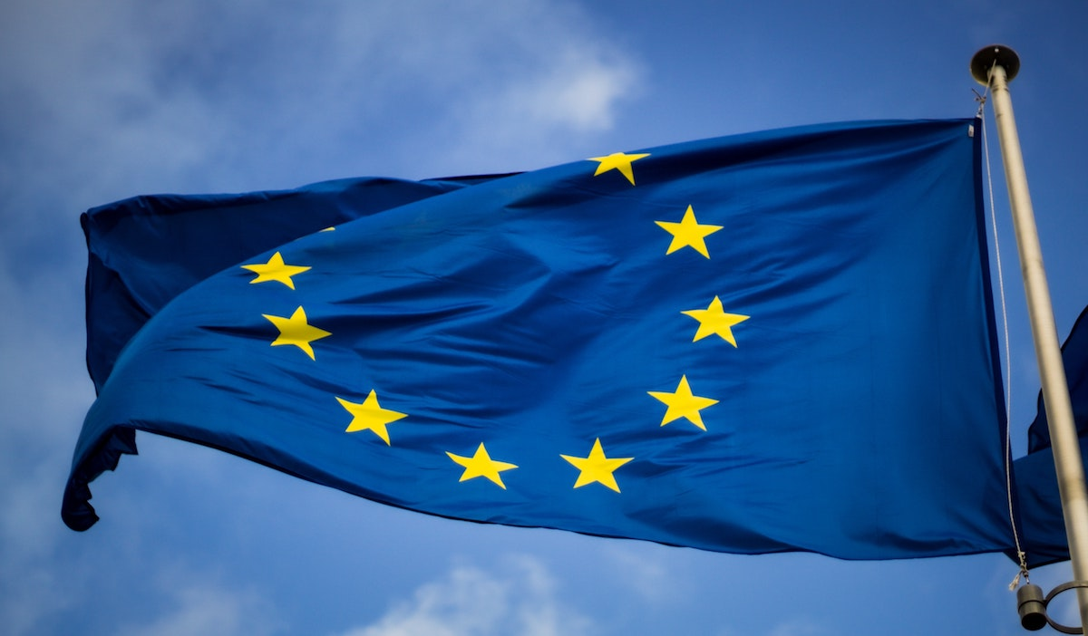 Balance between national identity and freedom of movement in EU